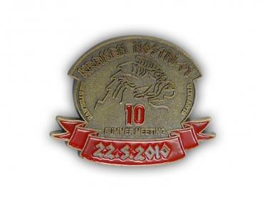 Kovový odznak odlévaný - staromosaz